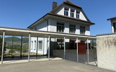 Bild Haus Seitens Der Schule